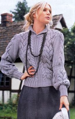 Оригинальный женский пуловер.