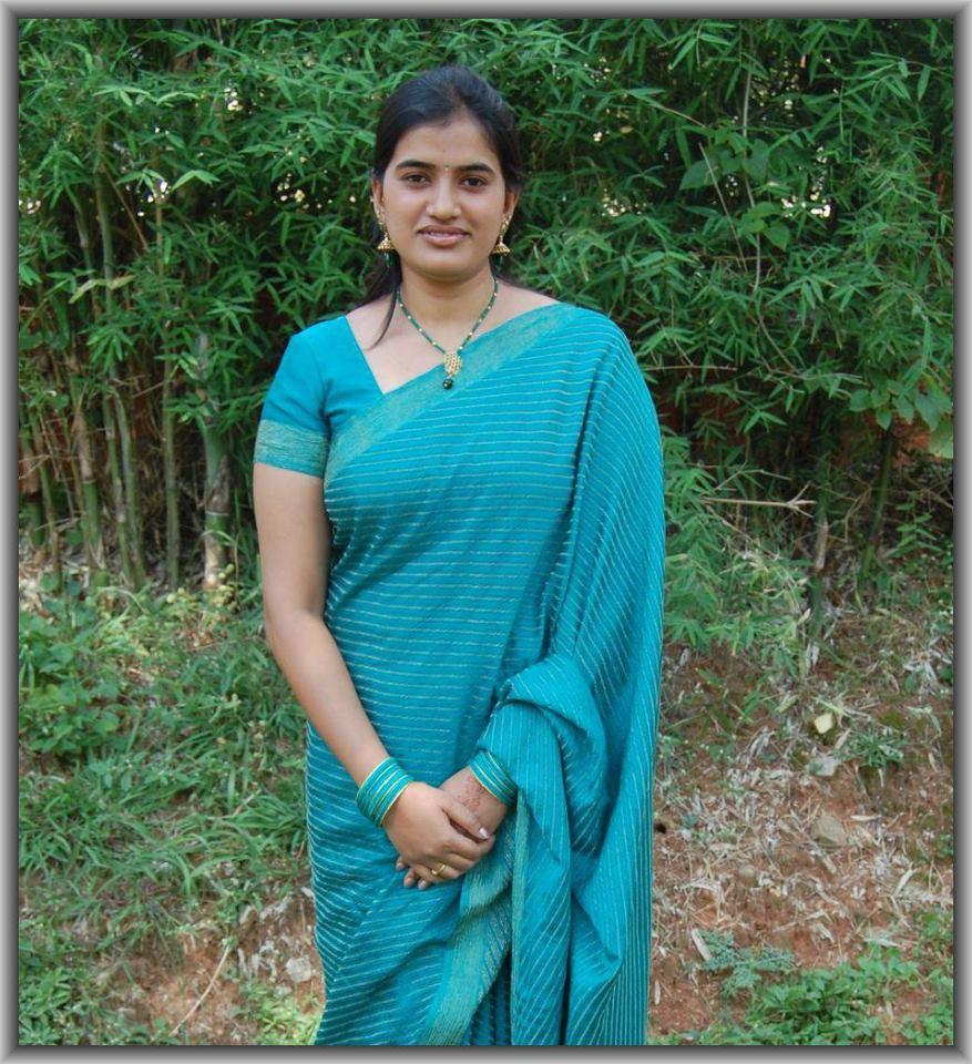 Tamil Kamaveri Kudumba Pengal 1 | Holidays OO