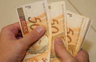 Prefeitura de Picuí paga funcionários municipais dentro do mês trabalhado