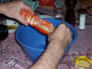Lobster remove tail