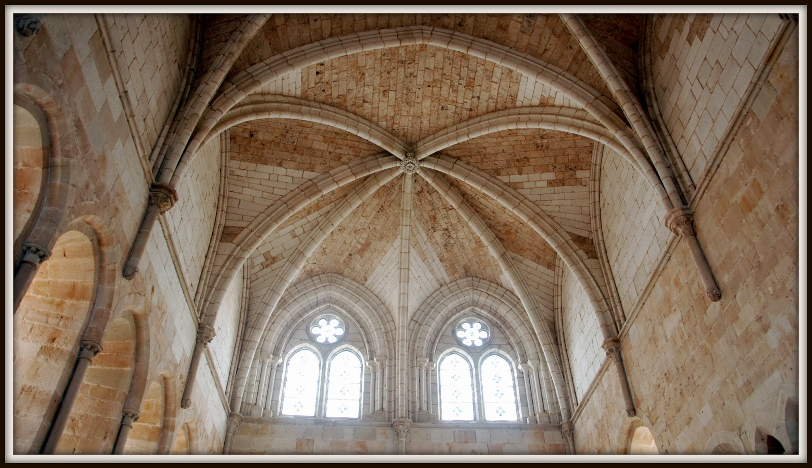 Bóveda Nervada del Monasterio de Santa María de Huerta, Soria