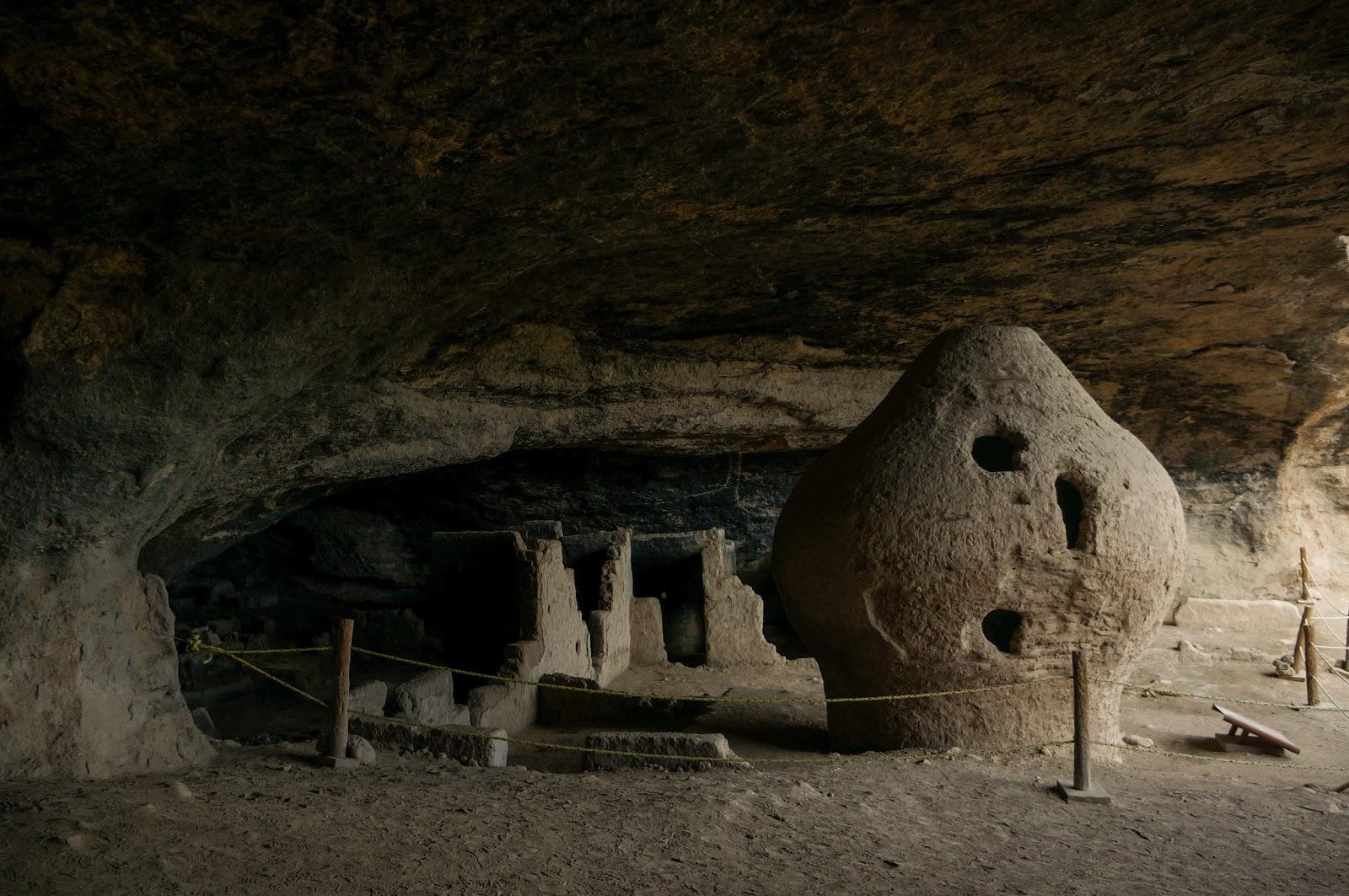 Valle de las Cuevas es un enorme complejo natural en la Sierra de Casas Grandes.