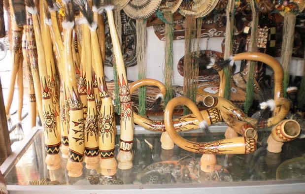 pakaian adat tradisional dari provinsi yang ada di Indonesia Pakaian Adat Papua, Gambar, Nama, dan Penjelasannya