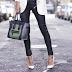 FASHION NEWS | Τα λευκά παπούτσια επιστρέφουν σε κάθε outfit
