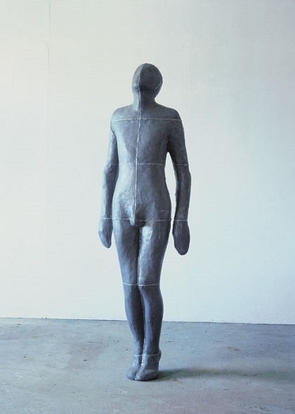 "Antony Gormley - ""Moment"", 1985. | imagenes obras de arte figurativo, esculturas figurativas tristes | art pictures inspiration, cool stuff"