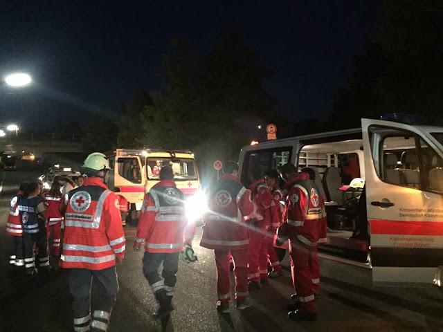ΕΚΤΑΚΤΟ - Γερμανία: Τουλάχιστον 20 τραυματίες από επίθεση με τσεκούρι σε τρένο [PHOTOS]
