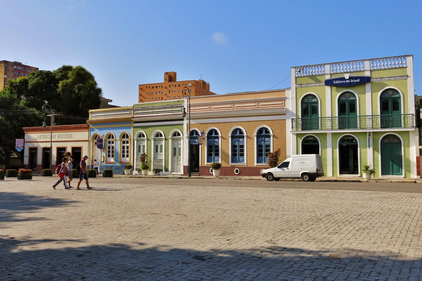 Largo de São Sebastião, nas proximidades do Teatro Amazonas de Manaus.