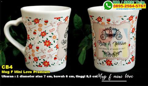 Mug F Mini Love Premium