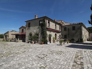 Borgo fortificato di Albereto - Abitazioni interne