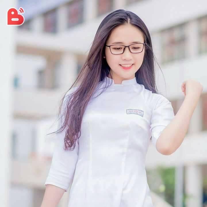 image Choi em vietnam in hotel