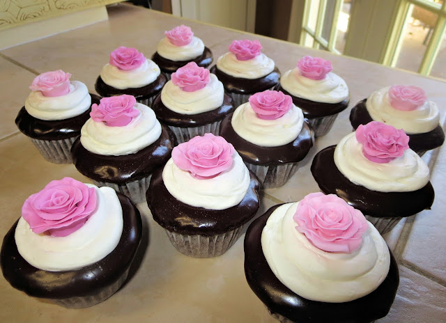 Fondant Rose Cupcakes - Angled View