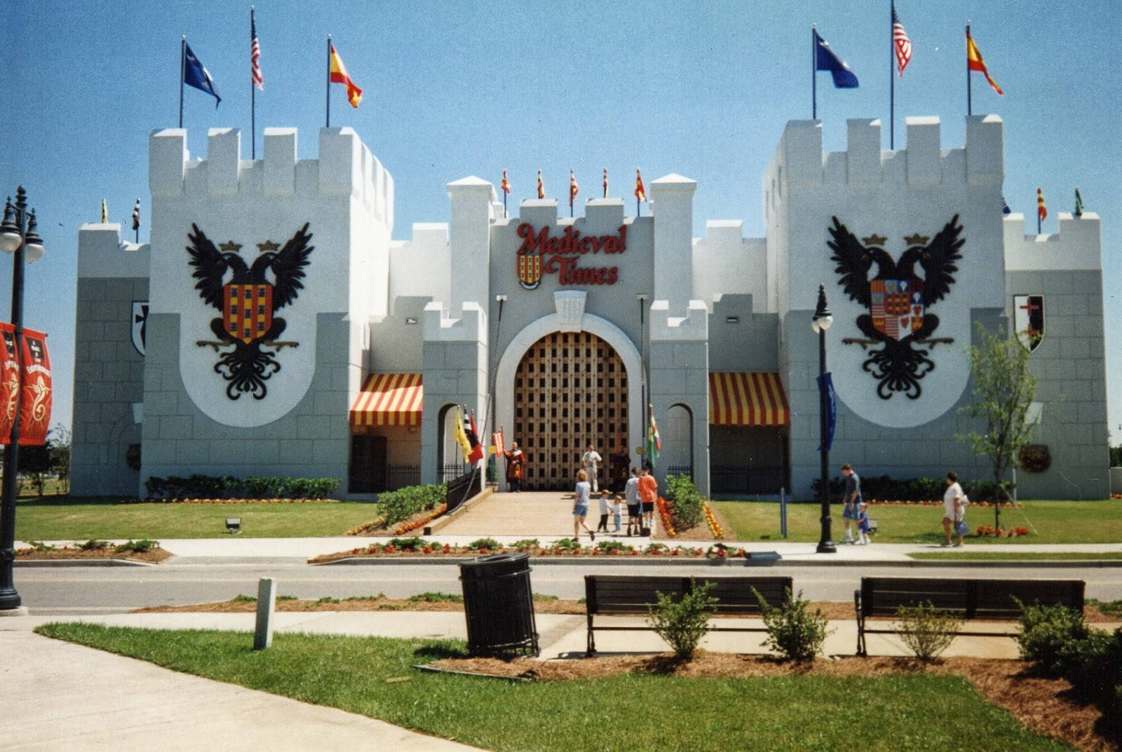 The Building For Meval Times Was Rather Hard To Miss As Its Huge White Castle Structure This Far Larger Than Both House Of Blues And Rock Café
