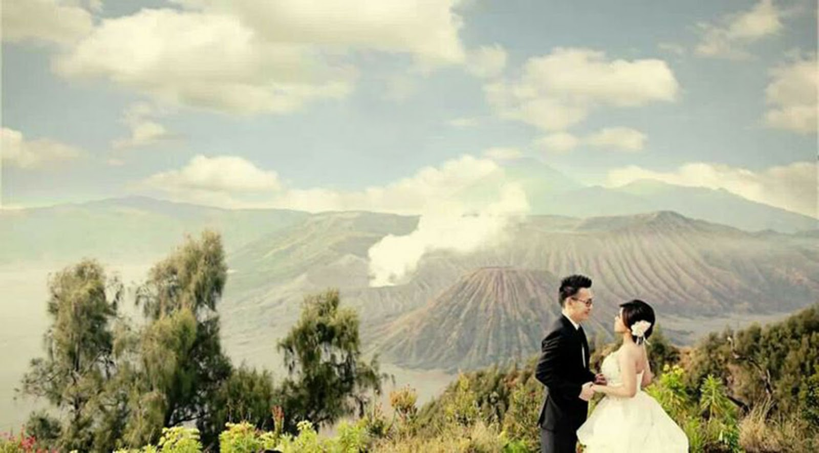 Mount Bromo Honeymoon Package