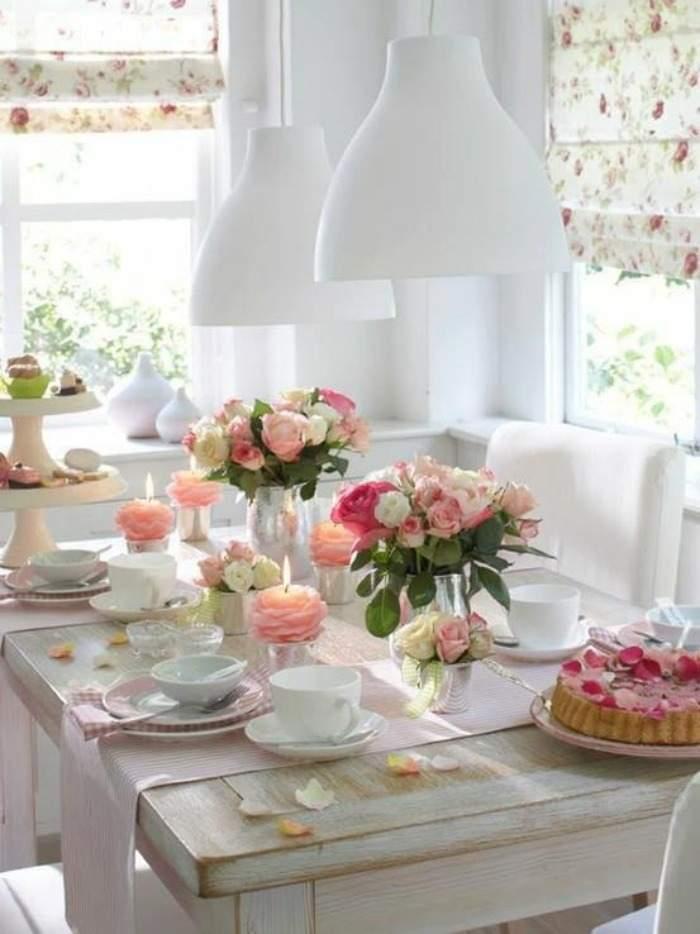 mesa-decorada-con-flores
