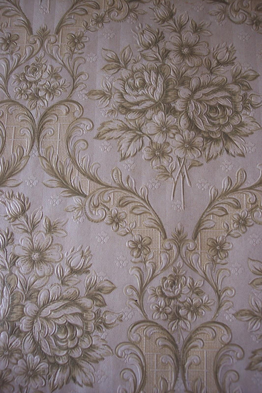 Paint and Style: Secret vintage wallpaper...