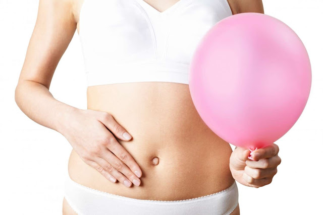 Malos hábitos que te hinchan el vientre