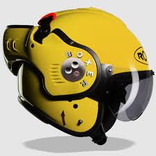 diseño de casco color amarillo