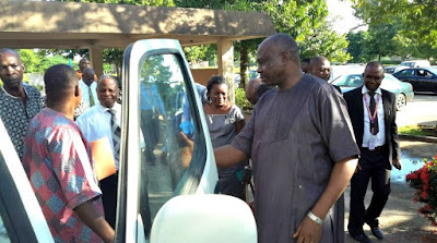 UNIBEN V.C Donates Bus To The JUPEB Board