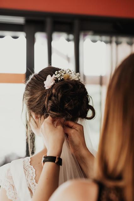 La petite boutique de fleurs, Virginie Debourg, coiffure de mariée