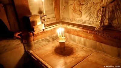 Jesus Tomb In Jerusalem Re-Opens After Nine Months Restoration 2