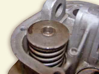 reciprocating engine valves