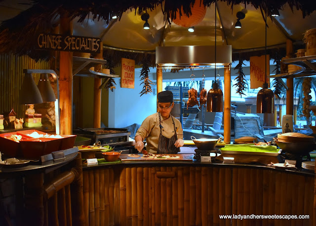 Peking Duck station in Bamboo Lagoon Dubai