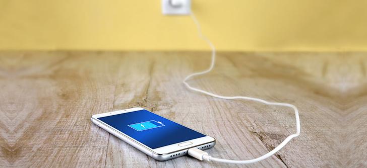 7 Kesalahan Saat Men-charge Handphone