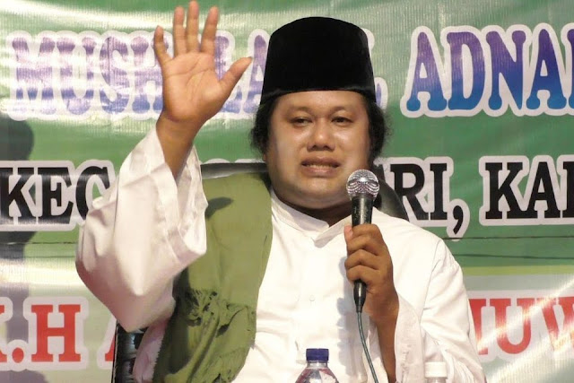 "Tamparan Gus Muwafiq Teruntuk Tokoh yang Pidato ""Jika 2019 Umat Islam Kalah"""