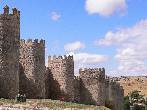 Muralla de Cuenca. 6 rutas lowcost en coche