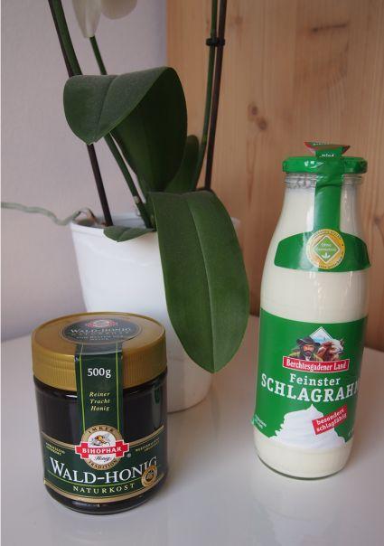 DIY Badezusatz aus Sahne und Honig