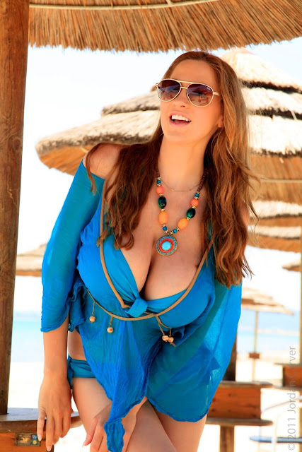 Jordan-Carver-Blue-Beach-HD-Photoshoot-hot-sexy-picture-25