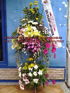 rangkaian karangan bunga standing untuk ucapan hari ulang tahun