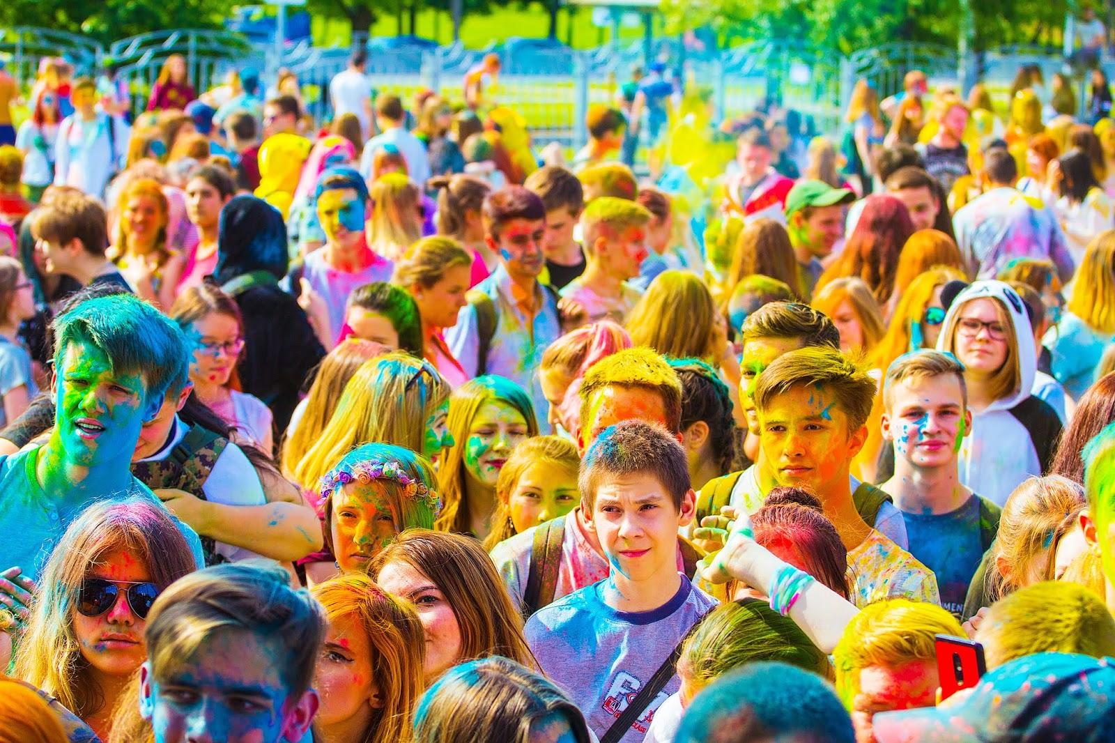 the festival of colors 2475521 - Best Holi Shayari 2019