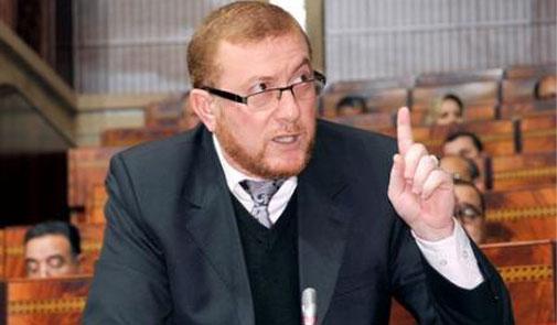 الغرامة و حجز الحافلات .. بوليف يتوعد شركات النقل المتورطة في زيادات غير قانونية