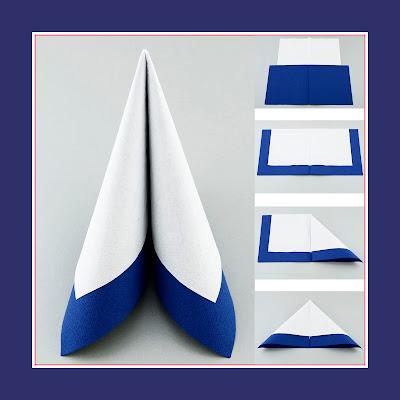 Tafelspitz aus zwei Servietten in Farben weiss und blau
