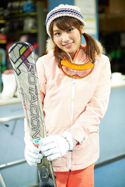Hisamatsu Ikumi 久松郁実 SNOW ROMANCE Images 04