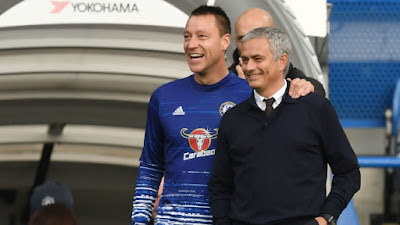 Terry Could Leave Chelsea For Man Utd