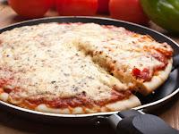Buat Sendiri Pizza Di Rumah Dengan Teflon, Gampang Kok.