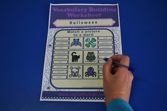 Printable worksheet to teach Halloween vocabulary