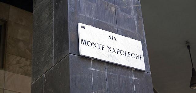 Tour de moda pela Via Montenapoleone em Milão