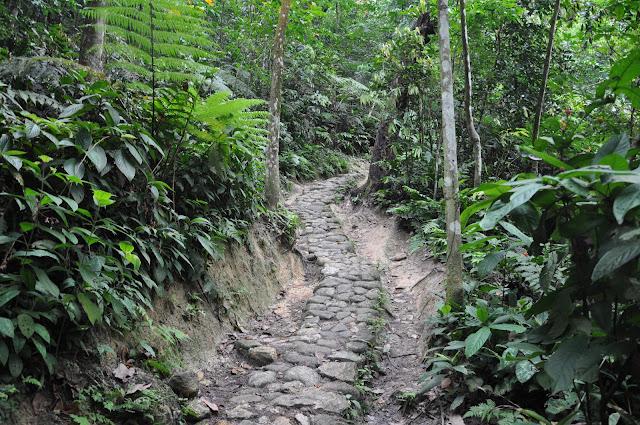 7 lokasi hiking buat mereka yang baru ingin bermula