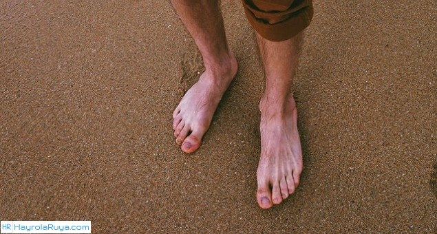 Rüyada Çıplak Ayak Yürümek Nedir? Rüyada Çıplak Ayakla Yürümek Ne Anlama Gelir? Rüyada Çıplak Ayak Yürümek Ne Demek? Rüyada Çıplak Ayak ile Yürümek Neye Yorumlanır? Rüyada Çıplak Ayak Neye İşarettir?