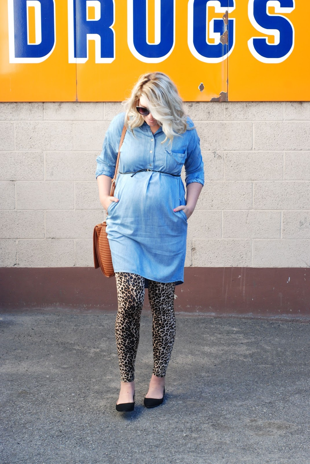 Fall Maternity Outfit, Blonde Hair, Utah Fashion Blogger