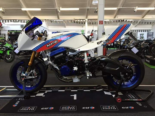 Martini GPZ 900 Race Bike - Photographer Unknown