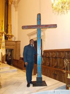 http://valenciaplaza.com/kenneth-iloabuchi-de-la-patera-a-la-iglesia