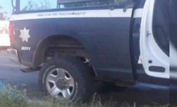 Iban manejando por la carretea Ecuandureo – Zamora sin saber lo que les esperaba, pero un comando del CJNG ya los esperaba para emboscarlos mato a 3 policías nada hicieron