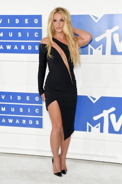Britney Spears MTV Video Müzik Ödülleri 2016 Kırmızı Halı