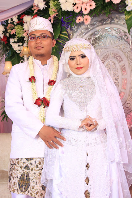 Makeup rias pengantin syar'i hijab modifikasi