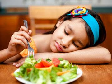 10 Tips Hadapi Anak Cerewet Makanan