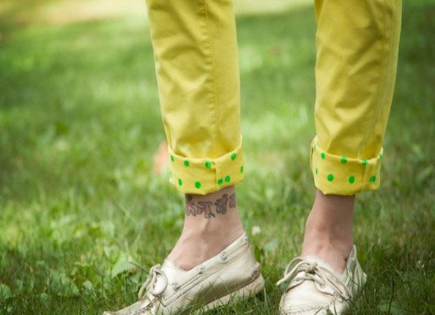 Paçası Puantiye Desenli Kot Pantolon